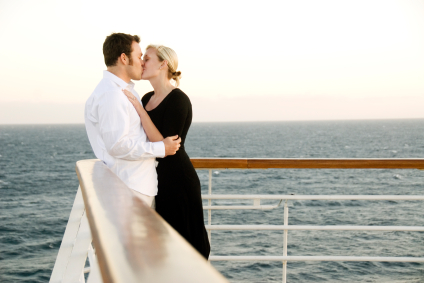 Romantic Ideas For Celebrating Your First Anniversary